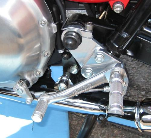 Hyde All Aluminium Rear Sets Triumph Thruxton 2004-13