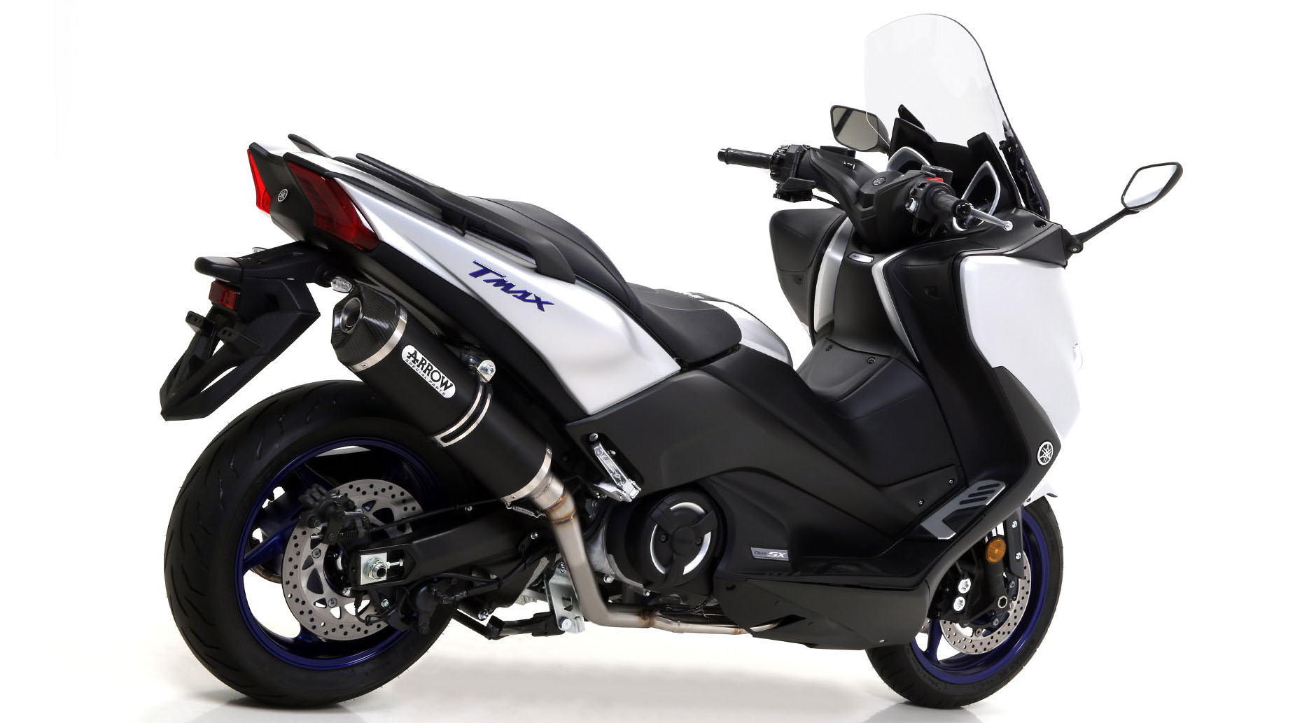 arrow race tech silencer system yamaha t max 530 2017. Black Bedroom Furniture Sets. Home Design Ideas